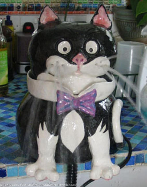 Jellical Cat Fountain Glazed Ceramic width=